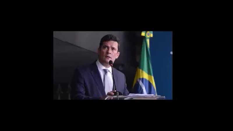 Zorro pede desculpas a tontos TontosDoMBL - Sergio Moro pedindo desculpas por talvez não ter chamado o pessoal do MBL de tontos