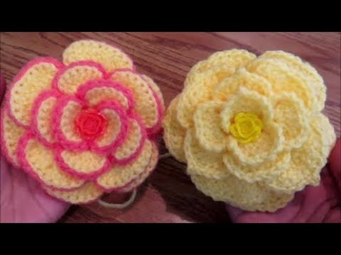 Crochet a flower on Camellia Rose Hat