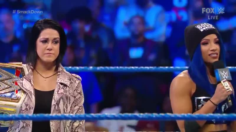 We didnt come here for some rah-rah speech. You can leave that mess for Monday Night RAW. - @SashaBanksWWE 🤣🤣🤣 SmackDown
