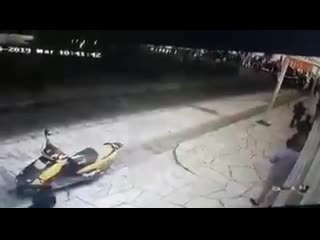 Мексиканский мэр катается на пикапе