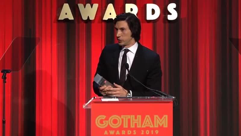 Adam Driver vencedor do prêmio Gotham Awards 2019 como Melhor Ator por sua atuação em Marriage Story