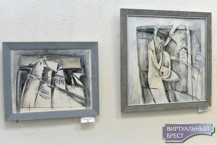 Белорусские художники презентовали выставку своих работ к 1000-летию Бреста