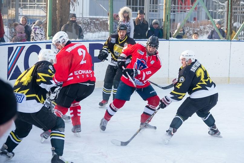 «Люди, на которых нужно равняться»: 70-летие ХК «Политехник» отметили матчем ветеранов челябинского хоккея, изображение №3