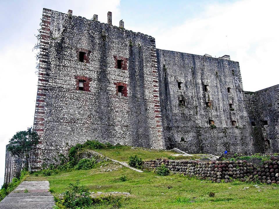 Крепость Цитадель Лаферьер