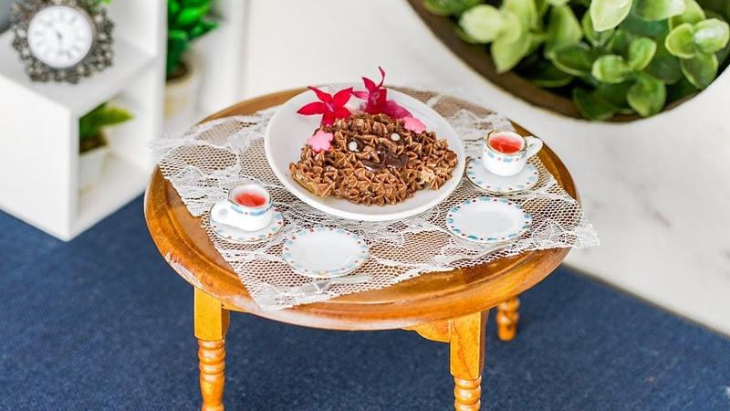 可愛くて食べられない🐶 ちびトイプードルケーキ