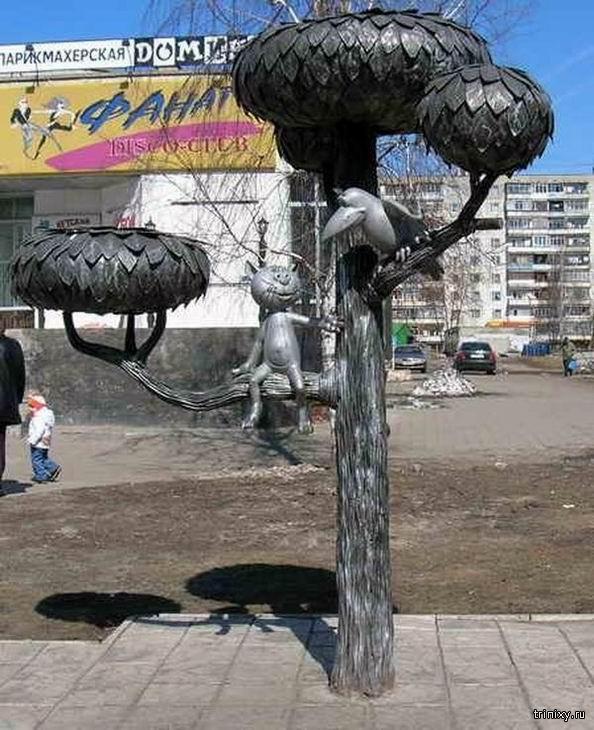 Памятники артистам и их ролям