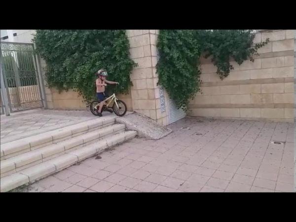 Маленький принц на велосипеде Лето 2020