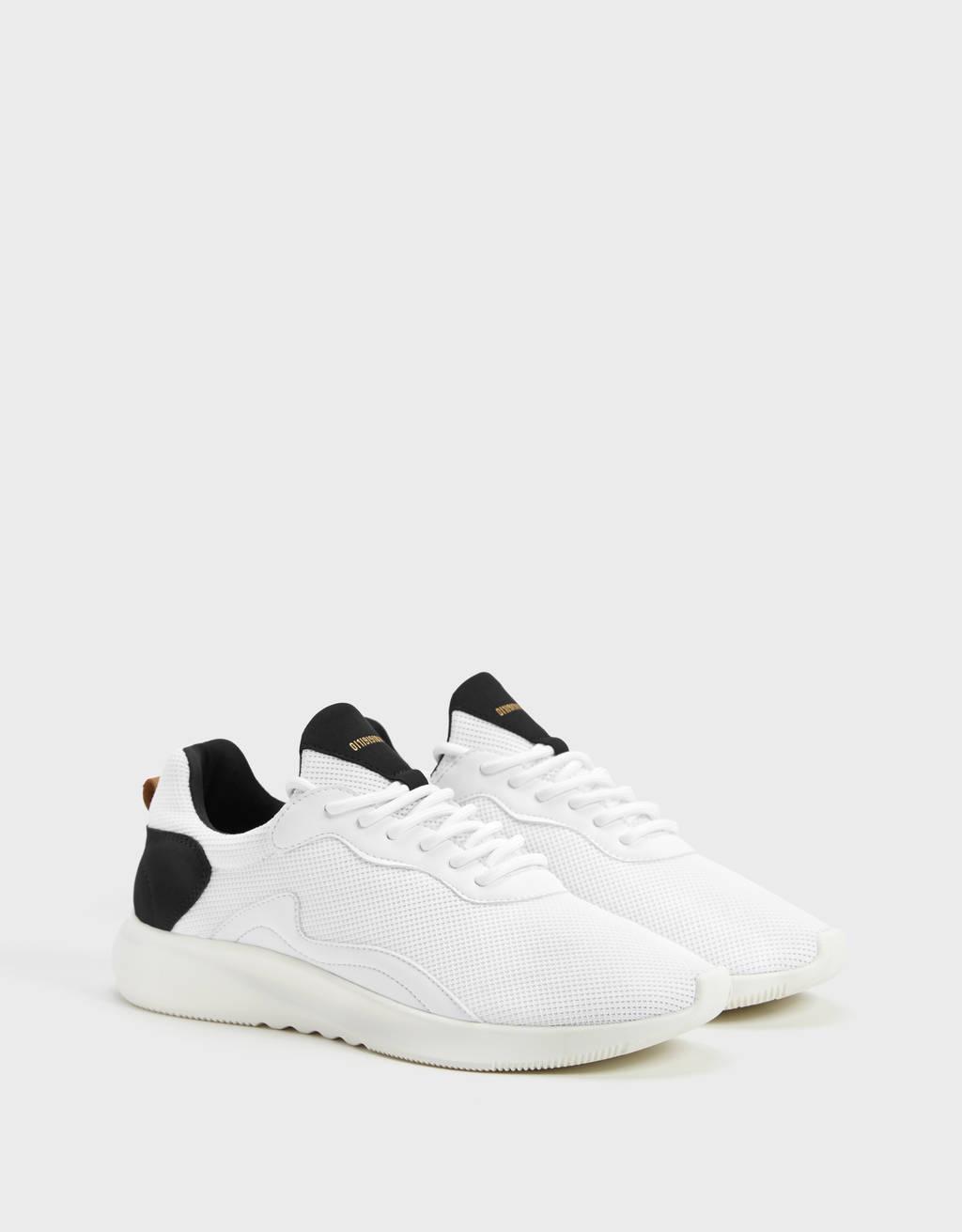 Эластичные мужские кроссовки