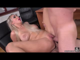 Lara Onyx (Office Double-Shift) [Gonzo, Anal, DP]