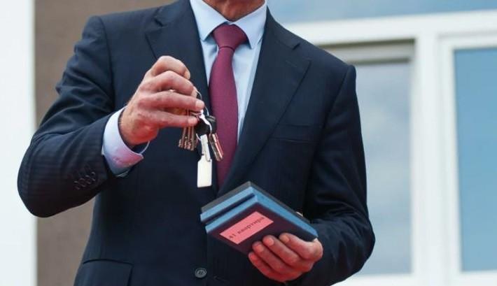 Правительство Хакасии в 1,5 раза перевыполнило план по покупке жилья для чиновников