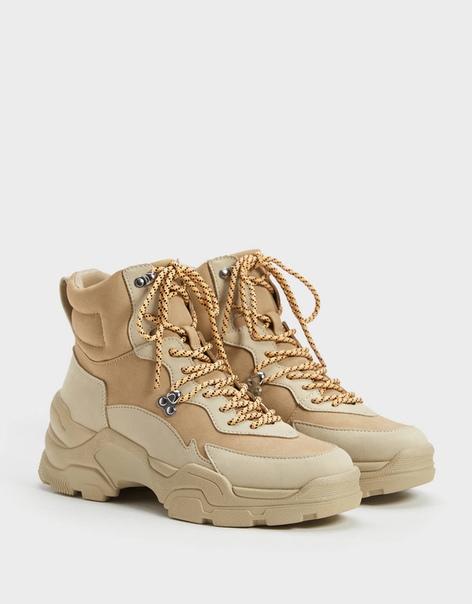 Ботинки-хайкеры на рифленой подошве