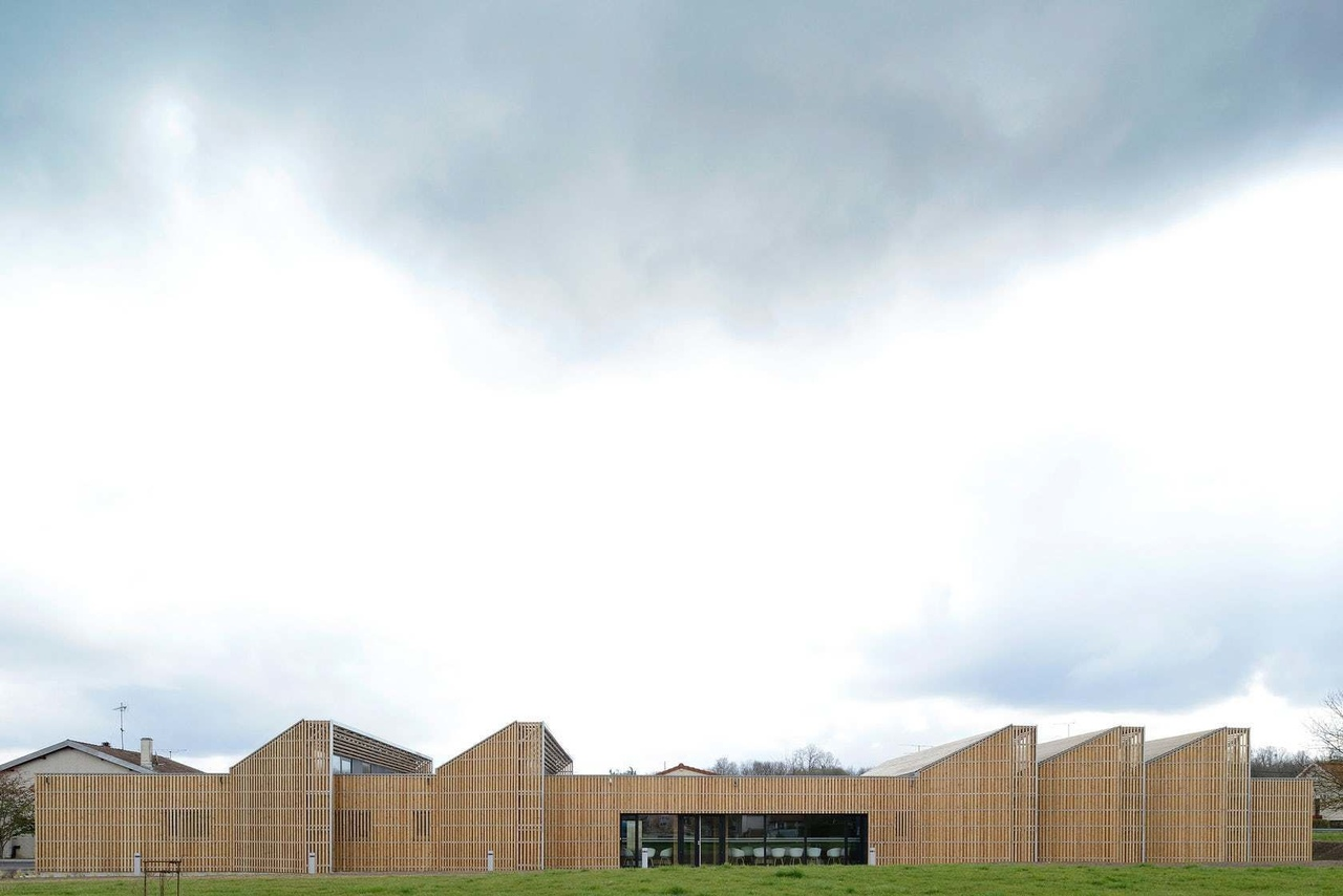 Health municipal clinic in Void-Vacon, France by studiolada architectes
