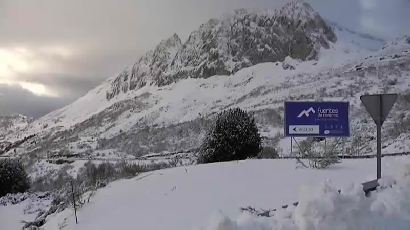 Gloria pone en alerta por nieve a 18 provincias