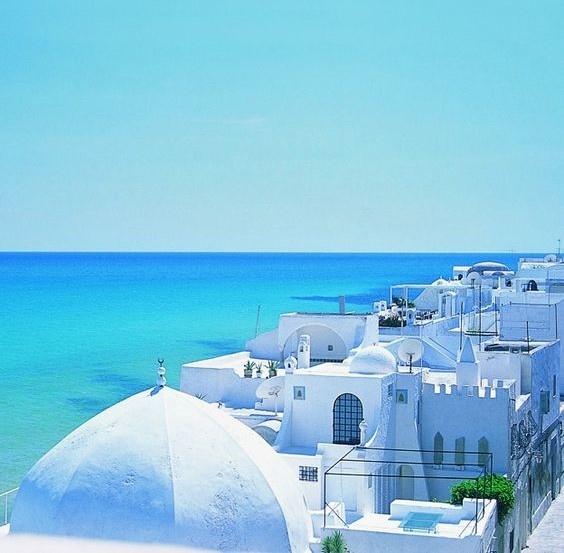 Петербург: туры в Тунис на 11 ночей с 2-х разовым питанием за 25800 с человека на майские праздники