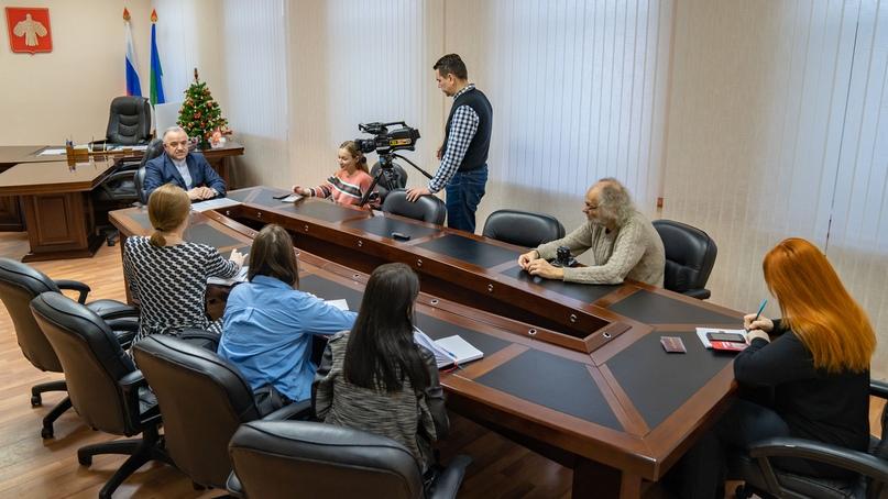 Официально об ухтинском НПЗ. Брифинг мэра Магомеда Османова, изображение №8