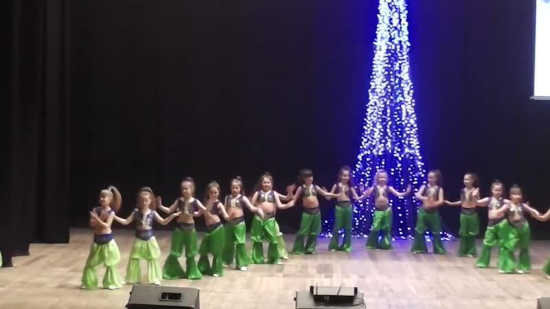 Наш новый танец Веста бэби Raqs Sharki