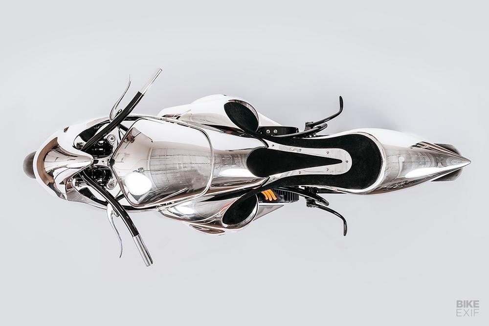 Baresteel Design:  электрический кастом Stingray