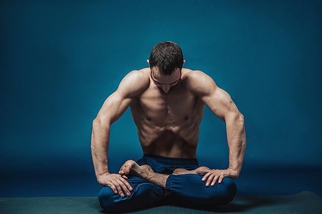 Йога для сильных духом. Женщинам вход воспрещён, изображение №3