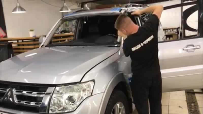 Вклейка ветрового стекла Mitsubishi Pajero ЛЮДИ В ЧЕРНОМ Ижевск