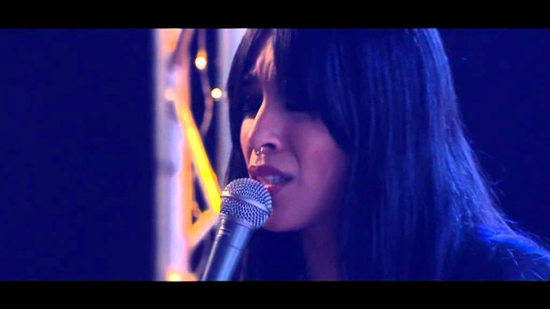 Musik: Loreen med Paper Light - Nyhetsmorgon (TV4)