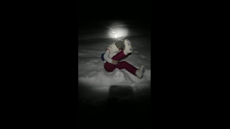У Луны есть Тёмная сторона а у Эвэлии светлая😂 Она не даёт мне выкладывать подобные видео выкручивает руки🤐 но ради того чт