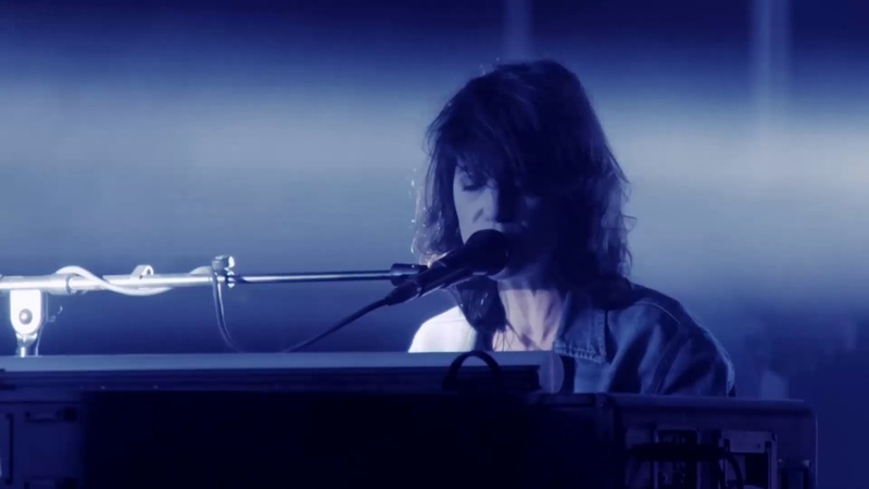 Charlotte Gainsbourg - Such A Remarkable Day (Official Live Video)