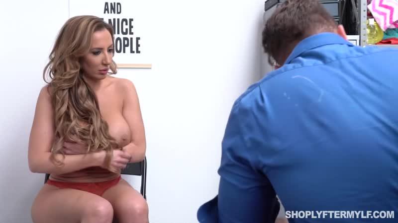 Трахнул зрелую женщину в подсобке, sex milf woman mom matue old sex fuck porn busty tit ass cum money job HD new (Hot&Horny)