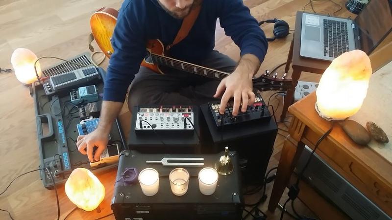 MONARDA - Snowfall in G Lydian (DAWless ambient guitar volca bass/beats deep house psytrance jam)