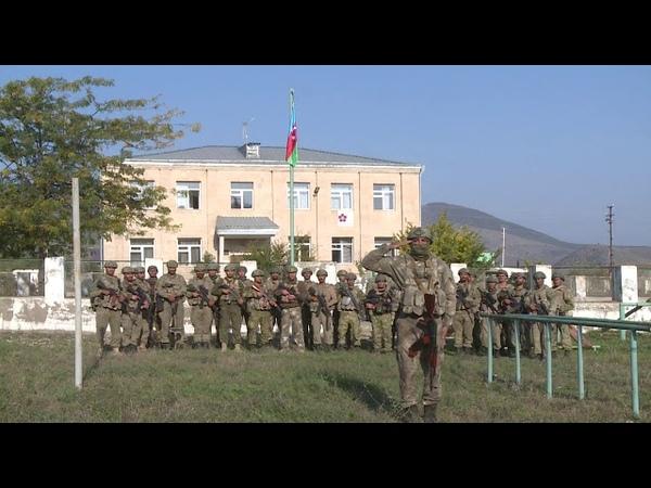 Азербайджанские бойцы рапортуют Ильхаму Алиеву из Зангилана