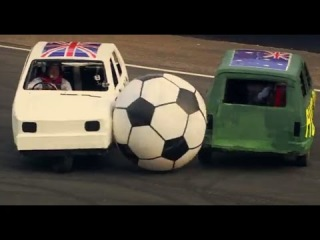 England Vs Australia: Reliant Robin Football - Top Gear Festival Sydney