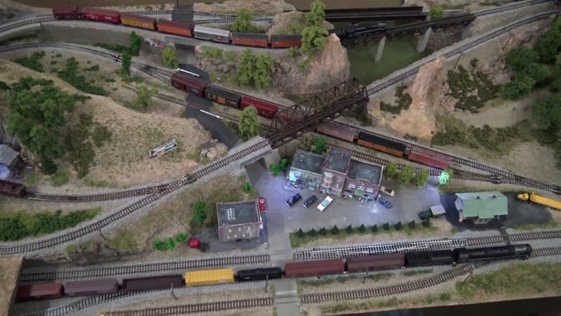 N scale model rail road Hall's Junction