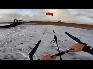 BEACH KITING! PRO rider SLINGSHOT - SAM LIGHT