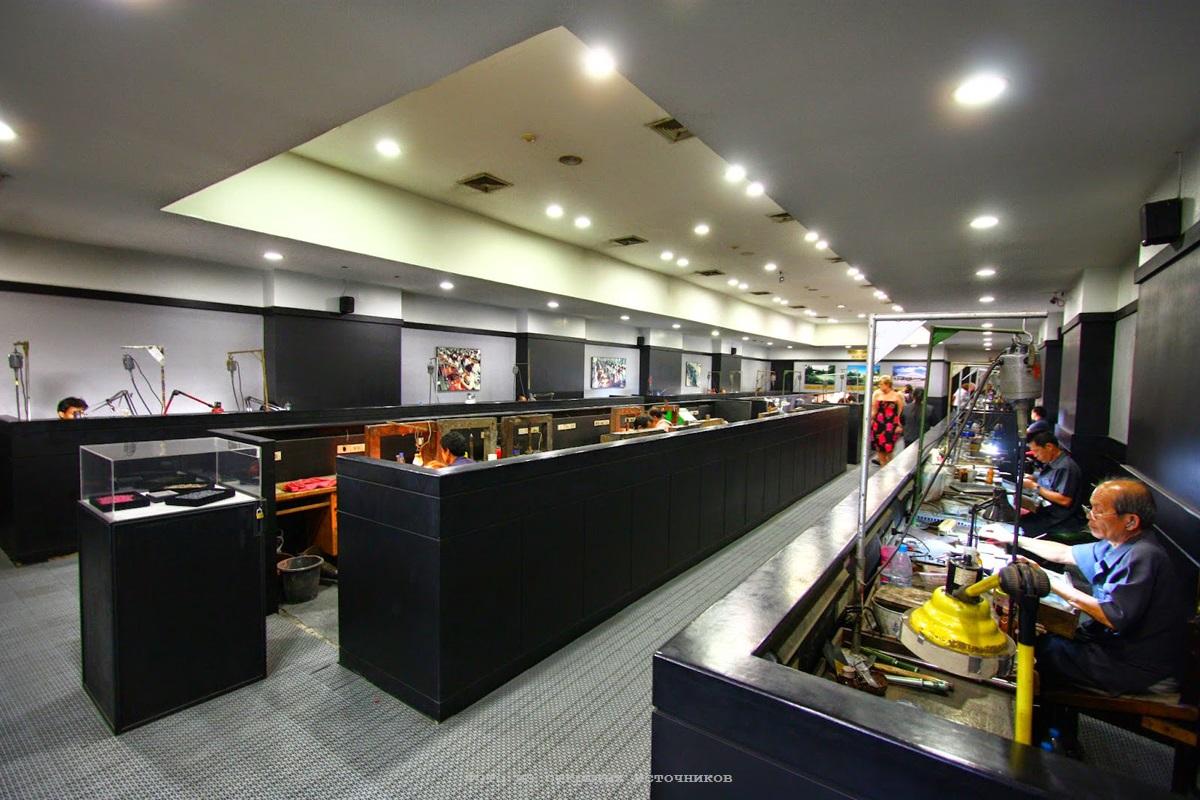 Ювелирная фабрика Gems Gallery в Паттайе фото 10