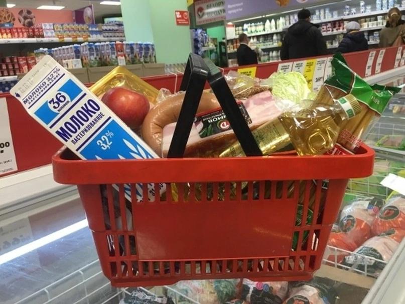 Аксенов назвал причину высоких цен в Крыму