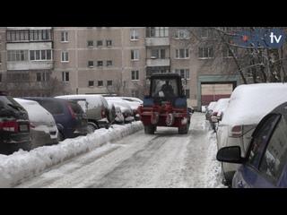 Уборка снега в Колпинском районе