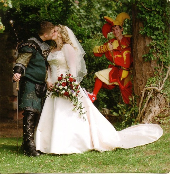 medieval wedding ceremony - 781×800