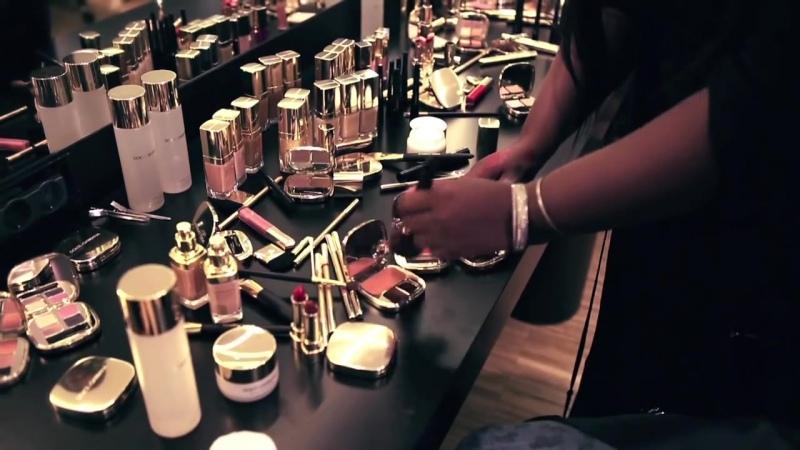 Видео от Онлайн школа макияжа Online VSH Makeup Academy