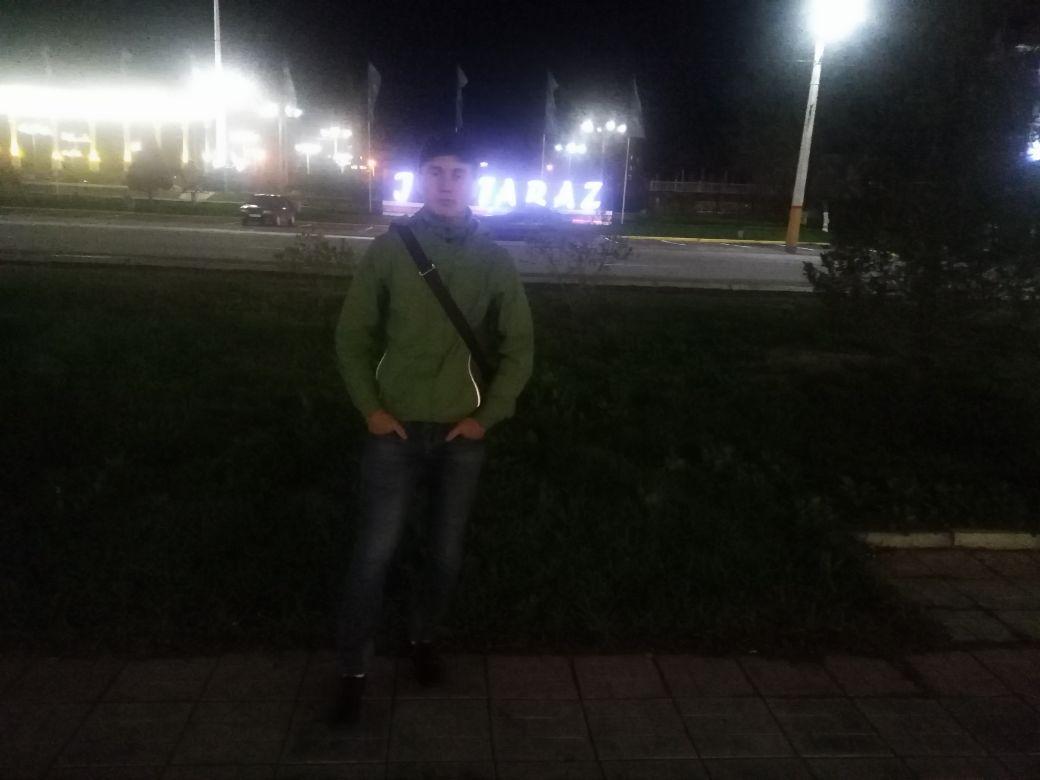 Аскар, 21, Taraz
