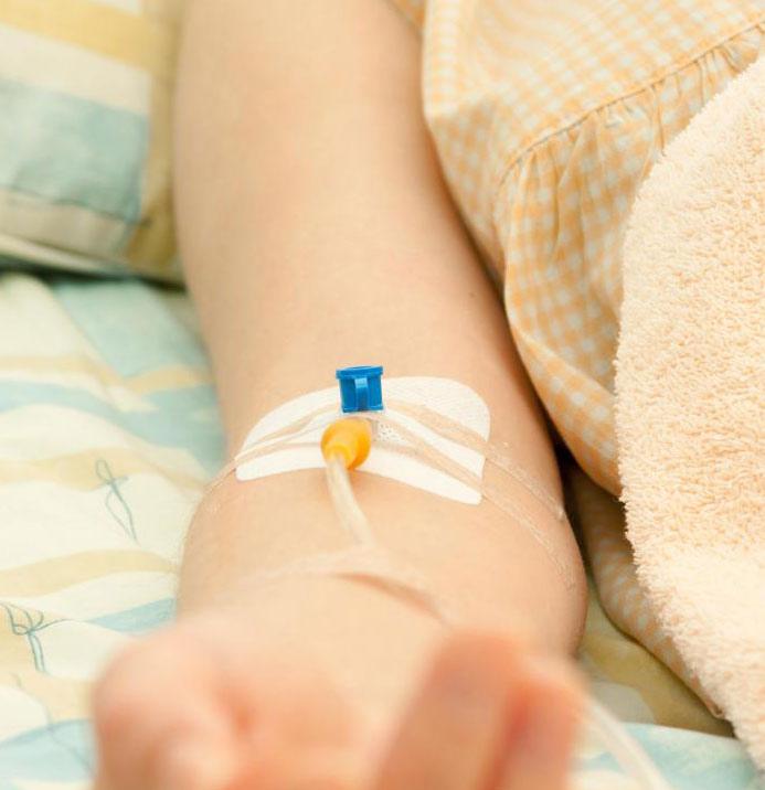 Капельница от запоя: эффективное и безопасное средство от алкогольного отравления