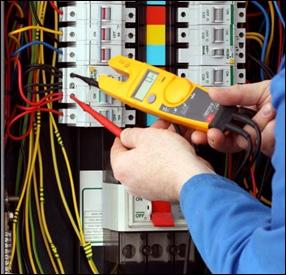 Покупка электротехнического оборудования стоит начинать с посещения специального магазина