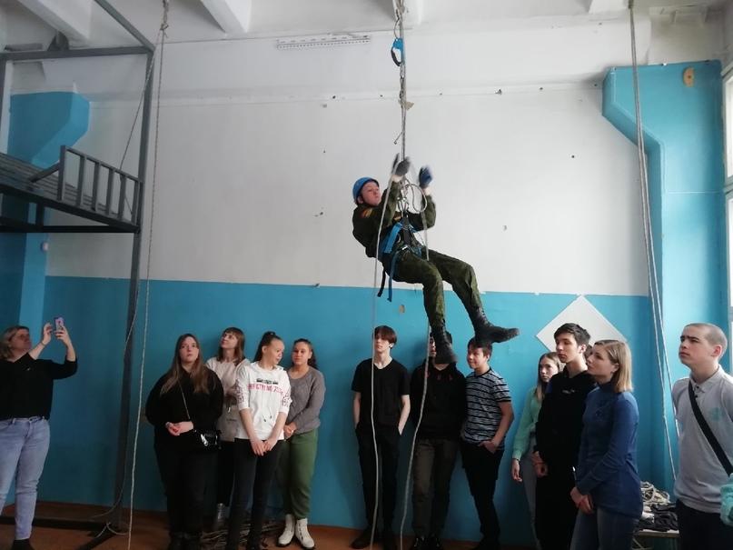 Школьники из Кусы посетили Индустриальную и Машиностроительную площадки «ЗлатИКа им. П.П.Аносова», изображение №5