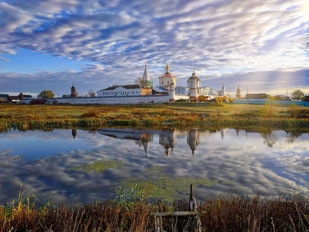 Коломна, Банк России выпустит памятную серебряную монету с изображением коломенского монастыря