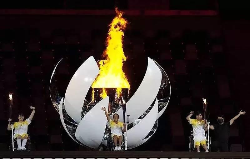 Одиннадцать медалей завоевали российские спортсмены во второй день Паралимпиады в Токио: три золотые, четыре серебряные и четыре бронзовые