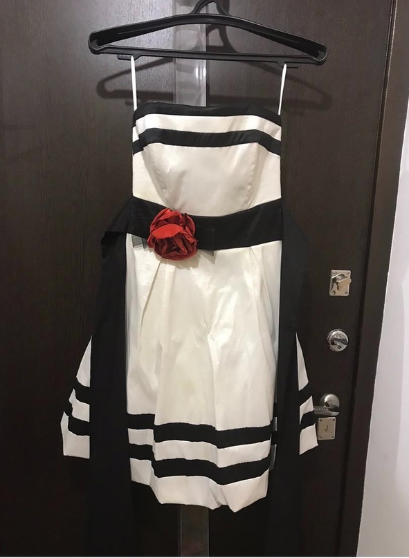 Платье 42-44 , надето один раз   Объявления Орска и Новотроицка №28302
