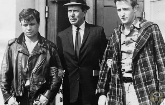 Знаменитые преступные пары Роберт Томпсон и Джон ВенеблсЭто самая молодая пара в криминальной истории. Роберт Томпсон и Джон Венаблс в возрасте 10 лет ради забавы забили до смерти двухлетнего