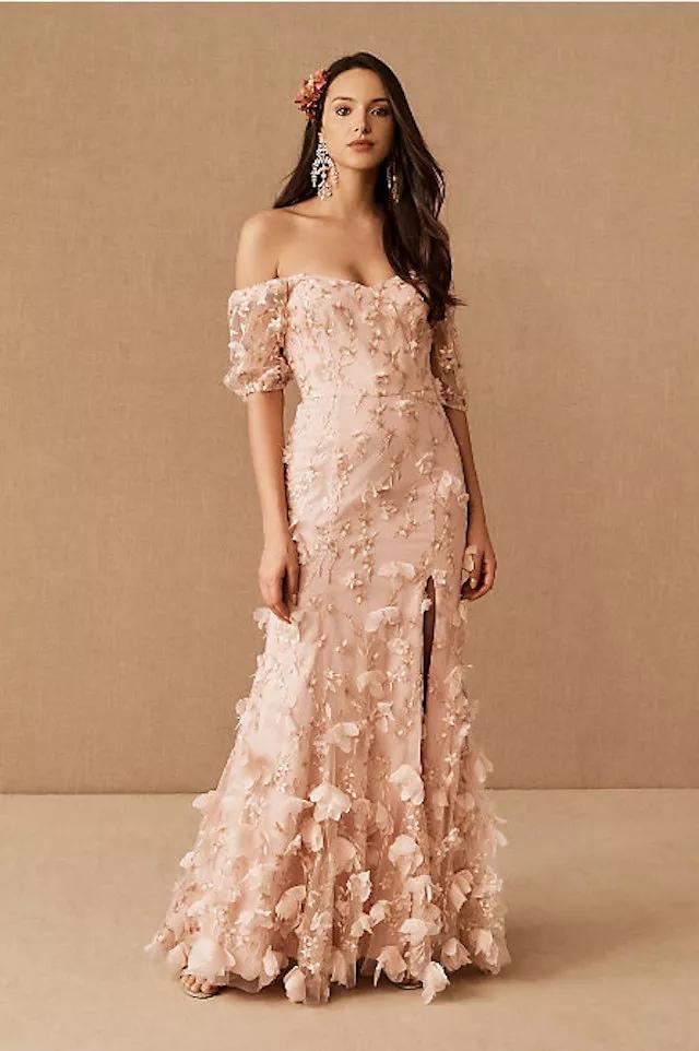 geKBDyGHT9M - 21 романтическое платье для невесты в 2021 свадебном сезоне