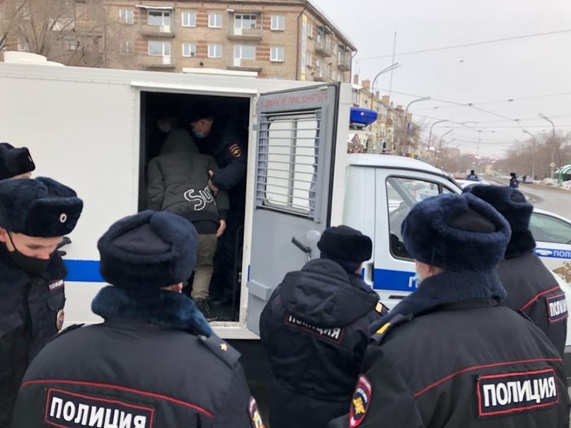 Сторонники навального в Оренбурге и Орске заявили о митингах 21 апреля. МВД приз...