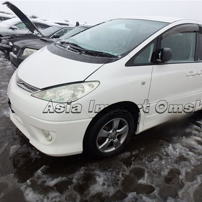 Toyota Estima 4wd 2005 год