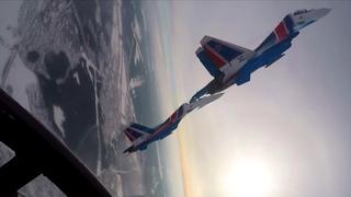 Играя Солнцем на крыльях: как «Русские Витязи» и «Стрижи» готовятся к Параду Победы