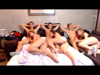 Милашки развлекаются на самоизоляции [2020 HD Порно, Веб-камера, Кунилингус,Латинки,Маленькая грудь,Минет,Подростки,Секс-оргия ]